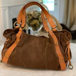 LUCKY BROWN SUEDE DUFFLE BAG! 🤎